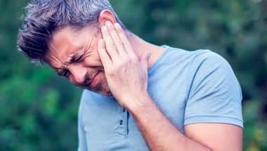 Д-р Здравко Цолов: Не всяка болка в ухото е отит