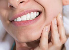 Вярно ли е, че скърцането със зъби е признак на глисти?