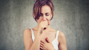 Може ли хълцането да предупреждава за К-19 и кога да отидем на лекар?