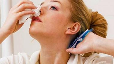 Как бързо да спрем кървенето от носа