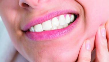 Проф. д-р Мариана Димова-Габровска, д.н.: От стискането на зъбите се получават болки в тила, гърба и кръста