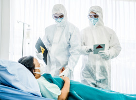 Колко дни е клиничната пътека за лечение на болен с коронавирус?