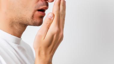 Миризмата на ацетон  в дъха е заради диабета