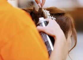 Лекар посочи най-вредното нещо, която правим с косата си