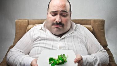 Диабетиците да намалят порциите си