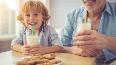 Любителите на млякото са с по-нисък холестерол