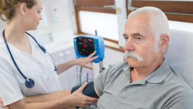 Проф. д-р Федя Николов: Хипертониците често имат и аритмия