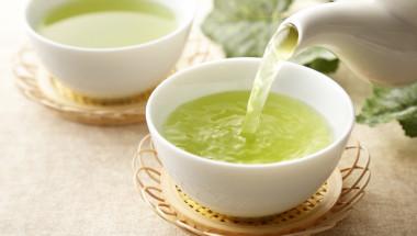Зеленият чай с катехин намалява тлъстините по корема