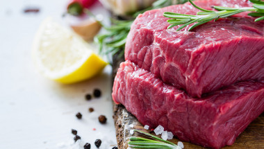 Червеното месо и солта увеличават риска от рак