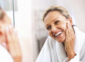Трябва да пробвате: 7 ефективни начини да победите бръчките