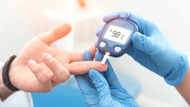По какво се разпознава рязкото спадане на нивото на кръвната захар?