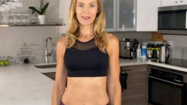 Правете това упражнение 3 пъти седмично, за да имате плосък корем ВИДЕО