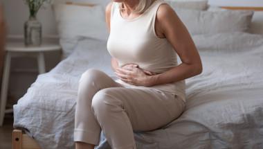 Подуването на корема – симптом на рак на яйчниците