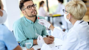 Кога личният лекар издава направление за PCR-тест?