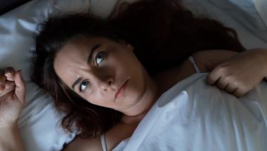 Спите по-малко от 5 часа - качвате холестерола