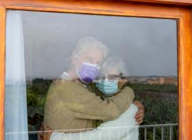 12% от хората с хронични болести са прекъснали лечението си  в пандемията