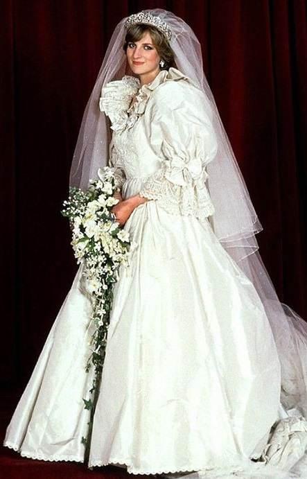 Image result for принцеса даяна сватбена рокля