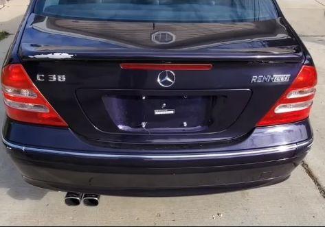 Потрясающий Mercedes-Benz за 1000 долларов. ВИДЕО